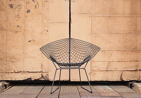 Bertoia Diamond Chair als Skulptur