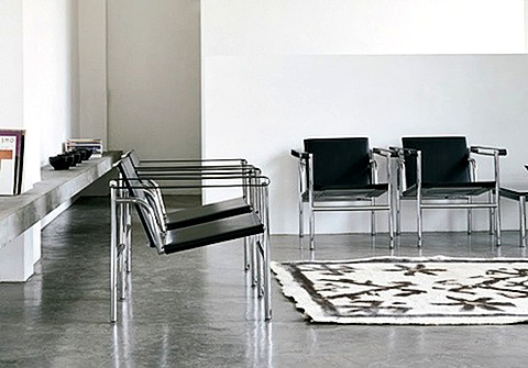 lc 1 chair modern design classic by le corbusier. Black Bedroom Furniture Sets. Home Design Ideas