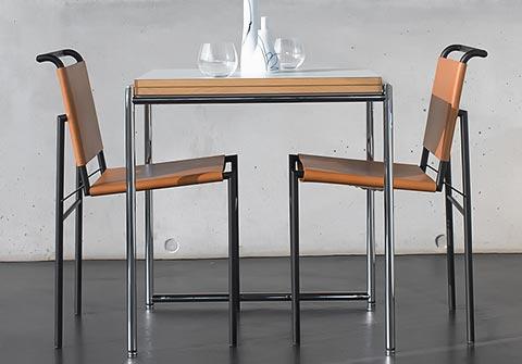 Roquebrune Stuhl mit Jean Tisch