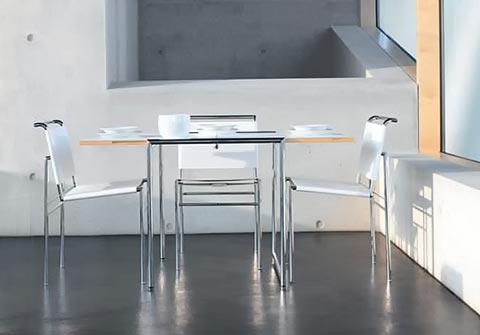 Roquebrune Stuhl mit Tisch