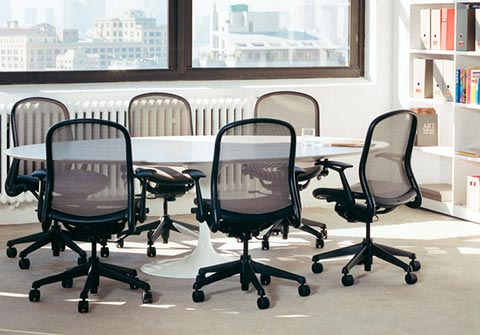 Saarinen Oval Table Office